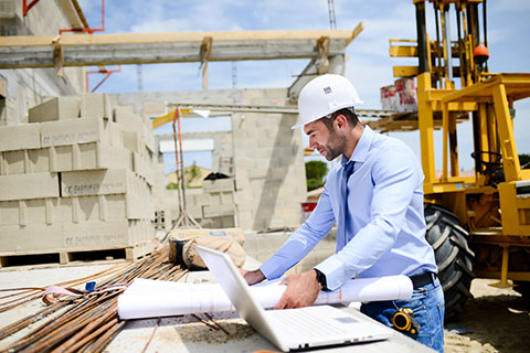 The Ins and Outs of GPS Tracking for construction Equipment